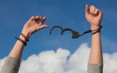 #60 | Drogati di felicità: le sostanze stupefacenti responsabili del nostro benessere
